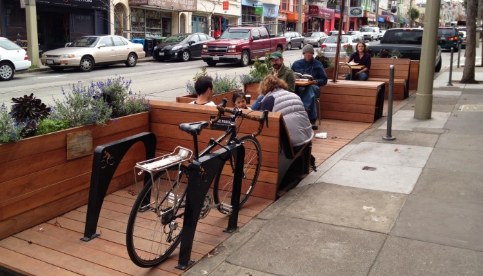 San Francisco parklet. photo credit: www.oaklandnet.com